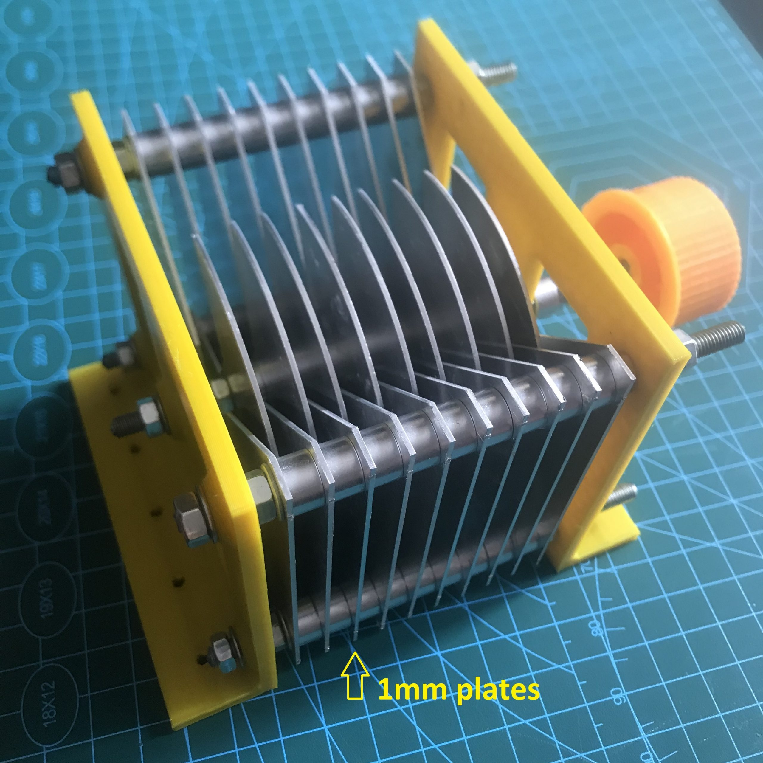 TA1LSX Butterfly Capacitor